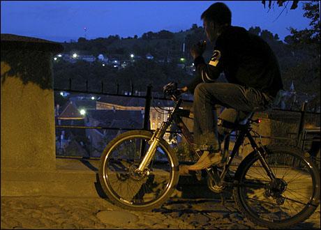 5 fum pe bicicleta.jpg