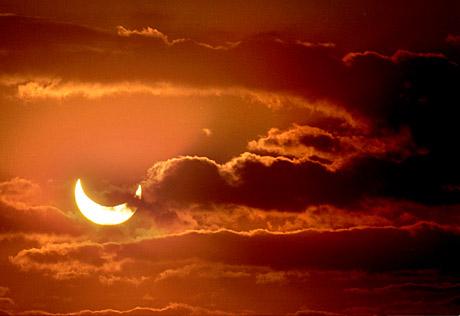 eclipsa%202003%20varcolac%20de%20Naipu.jpg