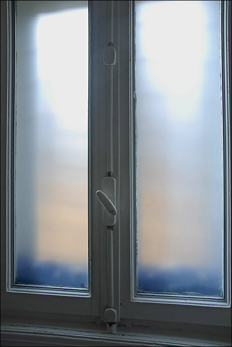 fereastra%20modesta.jpg